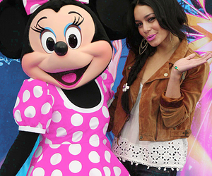 i hate her, traveco, and minnie mouse<3 image