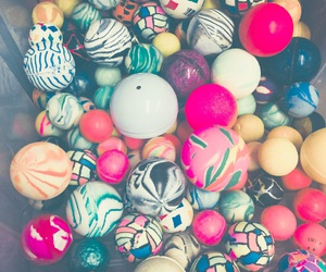 bouncy balls, 25 cents, and balls image