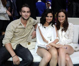 selena gomez, Chace Crawford, and leighton meester image