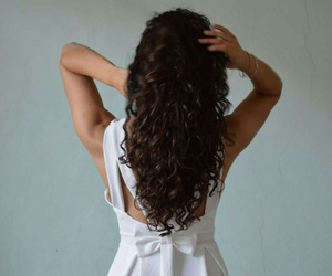 curly, curlyhair, and dress image