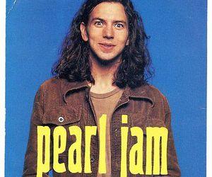 eddie vedder and pearl jam image