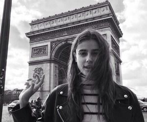 model, taylor hill, and paris image