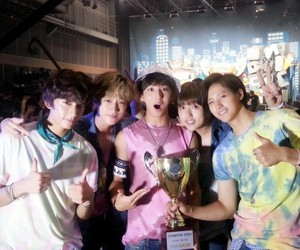 b1a4, show champion, and solo day image