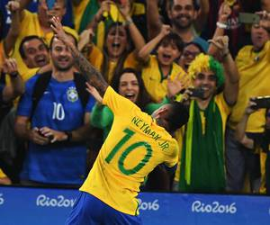 football and neymar image