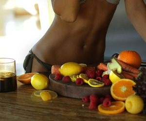 abs, fit, and fruit image