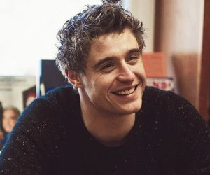 max irons and Hot image