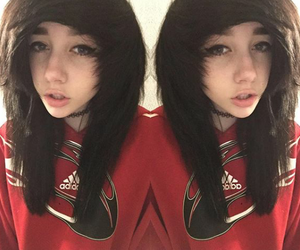 hairstyle, emo girl, and emo scene image