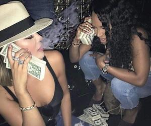money, khloe kardashian, and kardashian image