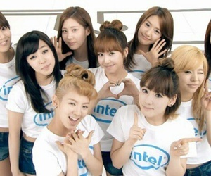 girls and snsd image
