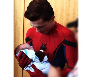 tom holland, spiderman, and homecoming image