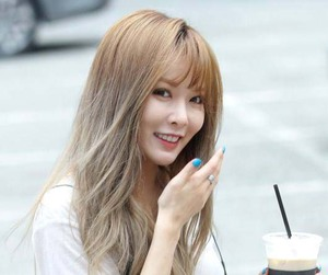 bangs, kpop, and style image