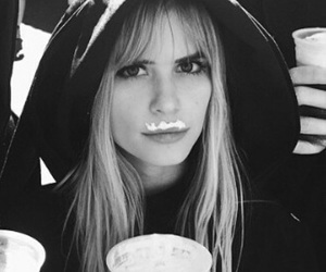 scream and carlson young image