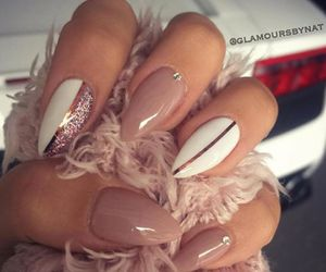 nails, pretty, and 😍 image