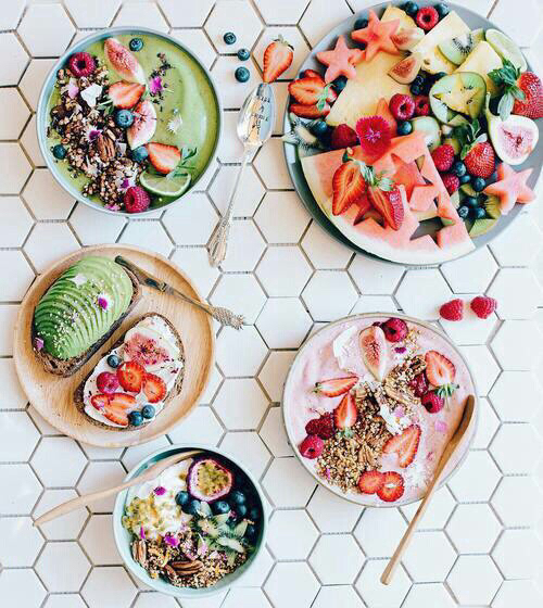 corn flakes, strawberries, and vegetarian food image
