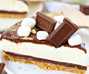 chocolate, marshmellow, and sweet image