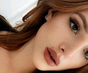 lipstick, makeup, and bella thorne image