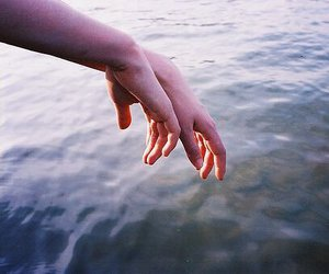 hands, photography, and sea image