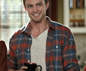 guy, hart of dixie, and wade kinsella image