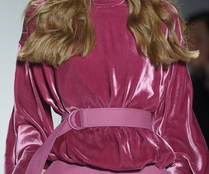 aesthetic, pink, and runway image