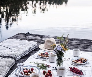 picnic and date image