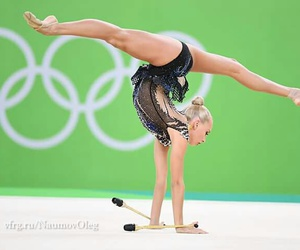 clubs, rhytmic gymnastic, and rio 2016 image