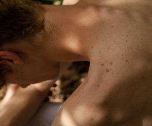 backs, boy, and skin image