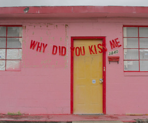 pink, kiss, and quotes image