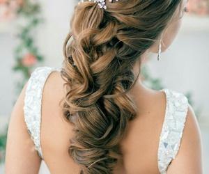 brown hair, feminine, and curly hair image