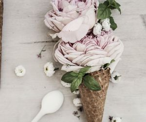 flowers, ice cream, and bank holiday image