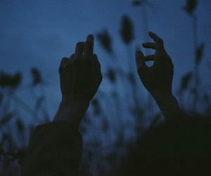 dark, hands, and aesthetic image