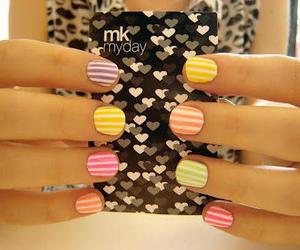 nail art and candy cain image
