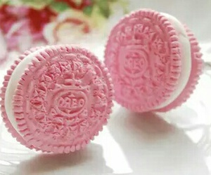 oreo and pink image