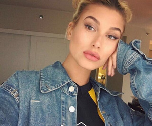 hailey baldwin and model image