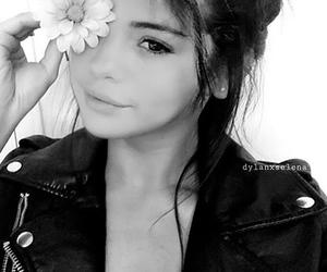 selena gomez, flowers, and makeup image