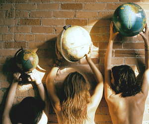 girl, vintage, and globe image