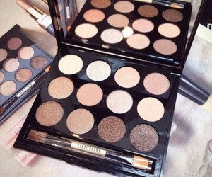 maquillage, palette, and fard a paupieres image