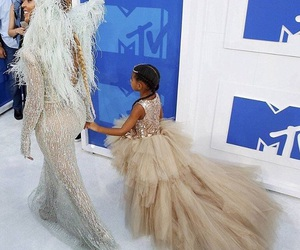 vmas and beyoncé image