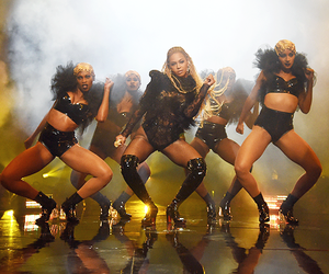 beyoncé, vma, and mtv image