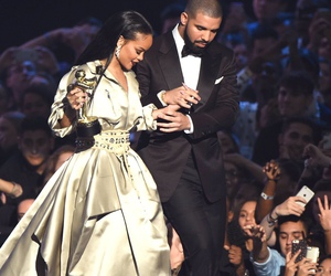 Drake, rihanna, and vmas image