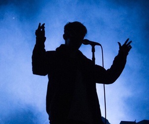 troye sivan, concert, and blue image
