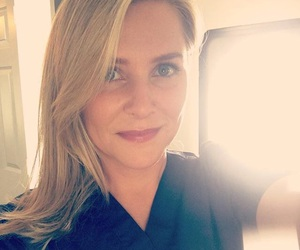 grey's anatomy, jessica capshaw, and arizona robbins image