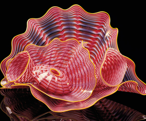 art glass, Dale Chihuly, and gold image