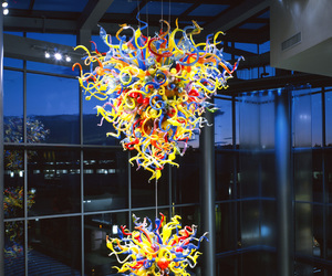 bellevue, Dale Chihuly, and chandelier image