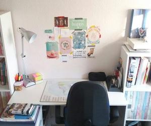 studyblr and desk image