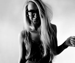 blackandwhite, blonde, and glasses image