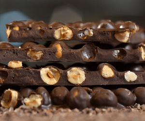 chocolate and nuts image