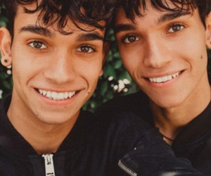 boys, twins, and marcus dobre image