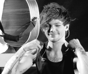 I Love You, king, and louis tomlinson image