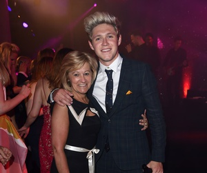niall horan, maura, and one direction image