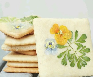 Cookies and flowers image